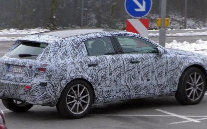 Mercedes-Benz GLA u završnoj fazi testiranja (Galerija i Video)
