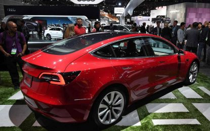 Problemi u Tesli: Tržišni nastup Modela 3 sa nižom cijenom kasni minimalno godinu dana, proizvodnja nije ni započela