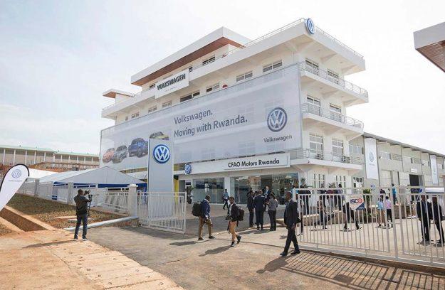 first-volkswagen-assembled-in-rwanda-2018-proauto-04