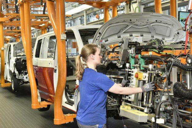 proizvodnja-volkswagen-transporter-t6-multivan-500000-hannover-2018-proauto-02