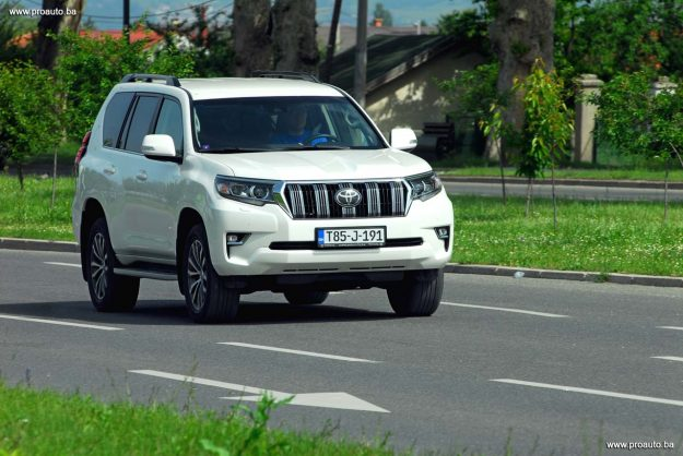 test-toyota-land-cruiser-d-4d-awd-executive-6at-euro6-5vrata-2018-proauto-28