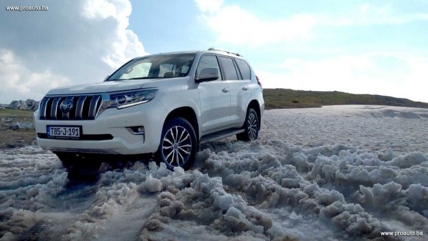 test-toyota-land-cruiser-d-4d-awd-executive-6at-euro6-5vrata-2018-proauto-51
