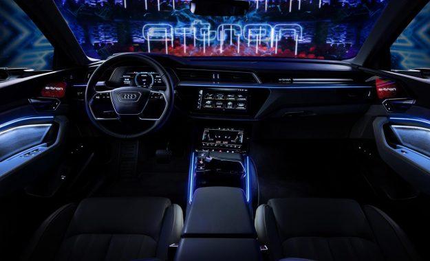 audi-e-tron-in-copenhagen-2018-proauto-01