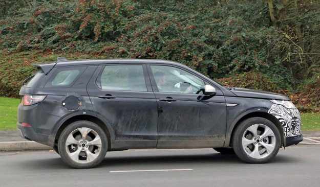 land-rover-discovery-sport-fl-phev-apy-photo-2018-proauto-02