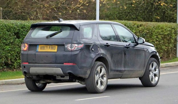 land-rover-discovery-sport-fl-phev-apy-photo-2018-proauto-03