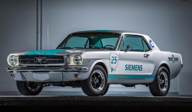 siemens-reveals-1965-ford-mustang-as-autonomous-vehicle-at-this-years-goodwood-festival-of-speed-2018-proauto-01