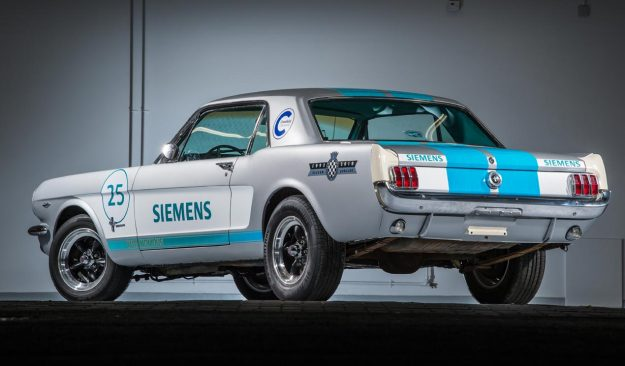 siemens-reveals-1965-ford-mustang-as-autonomous-vehicle-at-this-years-goodwood-festival-of-speed-2018-proauto-02