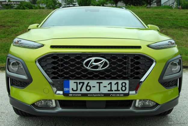 test-hyundai-kona-10-t-gdi-6mt-2wd-love-it-2018-proauto-22