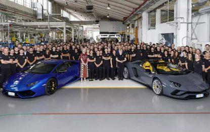 Lamborghini do sad proizveo 8.000 Aventadora i 11.000 Huracana, i povećao prodaju u prvoj polovini ove godine za čak 11%