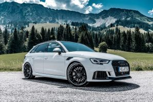 tuning-abt-sportsline-audi-rs3-sportback-white-gr20-glossy-diagonal-2018-proauto-06
