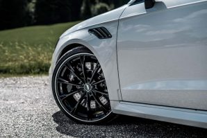 tuning-abt-sportsline-audi-rs3-sportback-white-gr20-glossy-diagonal-2018-proauto-09