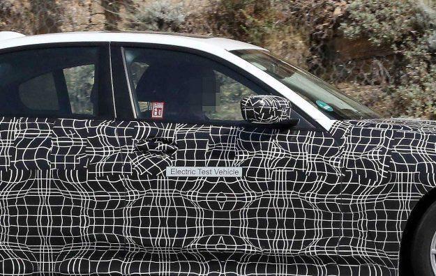 bmw-3-series-electric-vehicle-spy-photo-2018-proauto-04