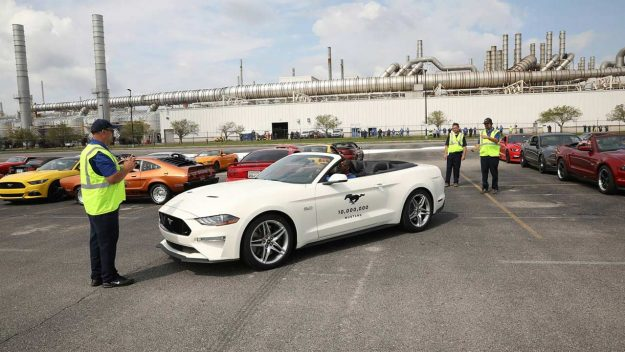 jubilej-10-millionth-ford-mustang-celebration-2018-proauto-04