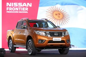 nissan-expands-navara-production-as-global-pickup-demand-grows-2018-proauto-06