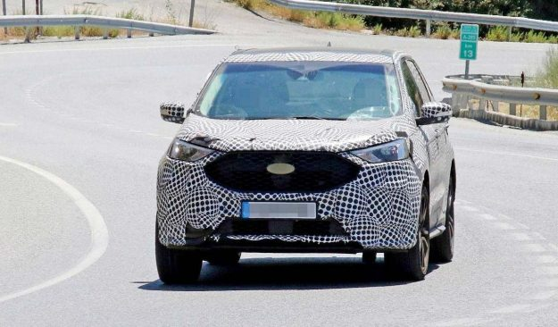 spied-european-ford-edge-prototype-looks-unfinished-2018-proauto-01