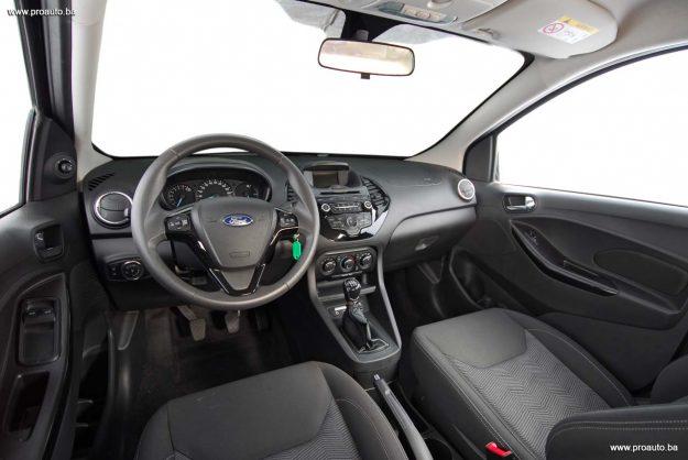 test-ford-ka+119i-trend-m5-2018-proauto-24