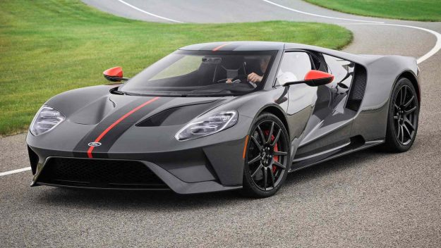 ford-gt-carbon-series-2018-proauto-01