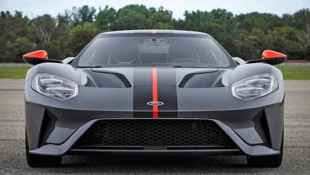 ford-gt-carbon-series-2018-proauto-02