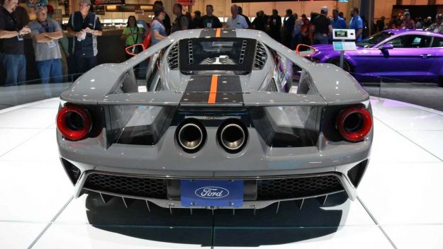 ford-gt-carbon-series-2018-proauto-05
