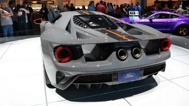 ford-gt-carbon-series-2018-proauto-06