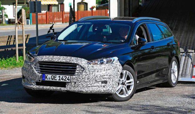 ford-mondeo-wagon-hybrid-spy-photo-2018-proauto-02