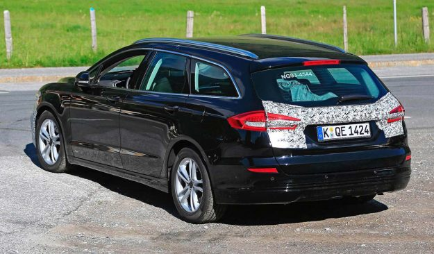 ford-mondeo-wagon-hybrid-spy-photo-2018-proauto-06