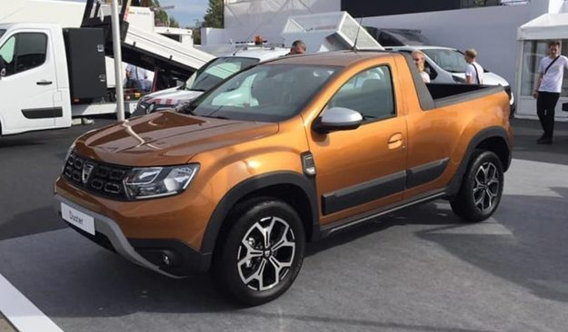 romturingia-dacia-duster-pick-up-2018-proauto-02