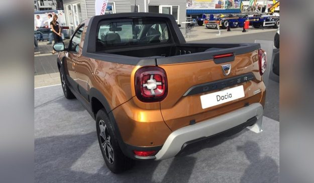 romturingia-dacia-duster-pick-up-2018-proauto-04