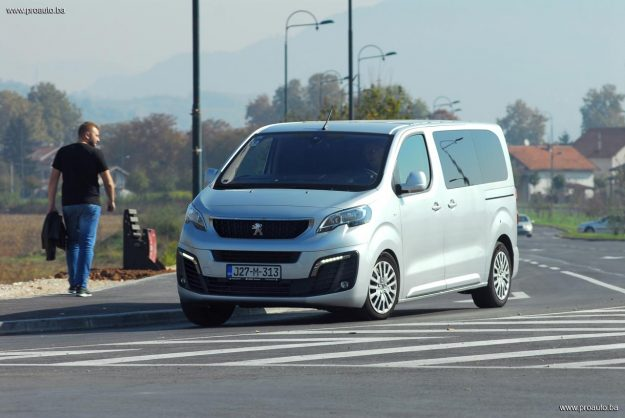 test-peugeot-traveller-active-l2-20-bluehdi-150ks-bvm6-ss-2018-proauto-91