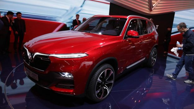 vinfast-a20-sedan-and-vinfast-sa20-suv-sajam-2018-proauto-05