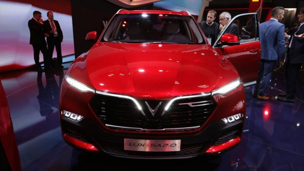 vinfast-a20-sedan-and-vinfast-sa20-suv-sajam-2018-proauto-06