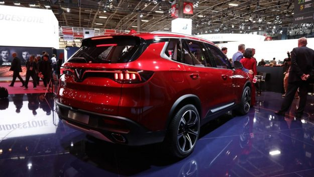 vinfast-a20-sedan-and-vinfast-sa20-suv-sajam-2018-proauto-07