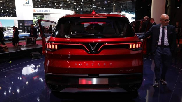 vinfast-a20-sedan-and-vinfast-sa20-suv-sajam-2018-proauto-08
