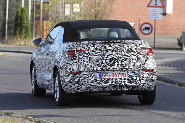 vw-t-roc-convertible-spy-proauto-2018-06