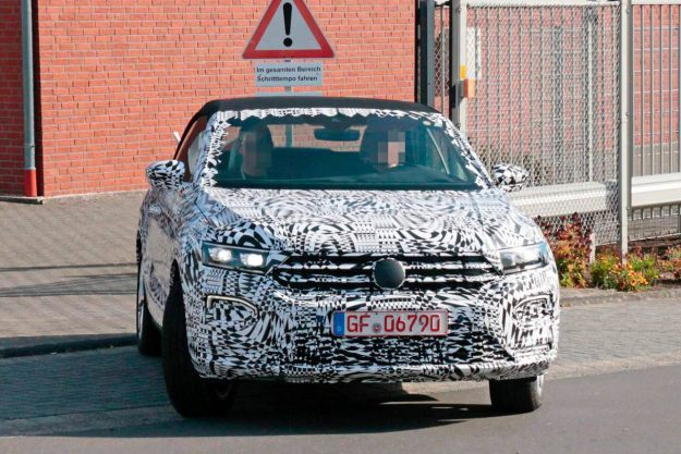 vw-t-roc-convertible-spy-proauto-2018-07