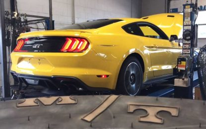 Ford Mustang GT sa 700 KS direktno iz salona Beechmont Ford Performance na trkaću stazu [Video]