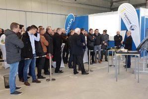 Kompanija Guma M sa svojim partnerima, i u saradnji sa Renaultom, predstavila mogućnosti nove lakirnice i predstavila značaj korištenja originalnih karoserijskih dijelova i stručnost u radu