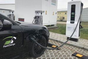 "Porsche razvio tehnologiju brzog punjenja baterija: ""Ultra-high-power charging"""