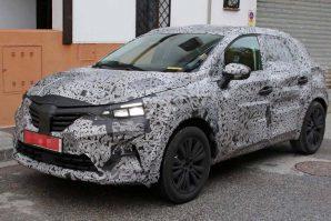 Novi Renault Captur mogao bi biti predstavljen sredinom naredne godine