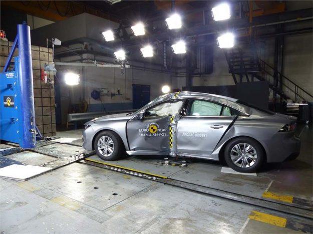 sigurnost-euroncap-test-peugeot-508-testing-2018-proauto-06