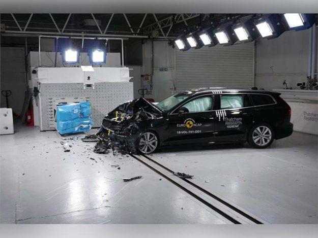 sigurnost-euroncap-test-volvo-s60-v60-testing-2018-proauto-02