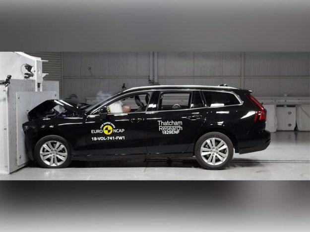 sigurnost-euroncap-test-volvo-s60-v60-testing-2018-proauto-03