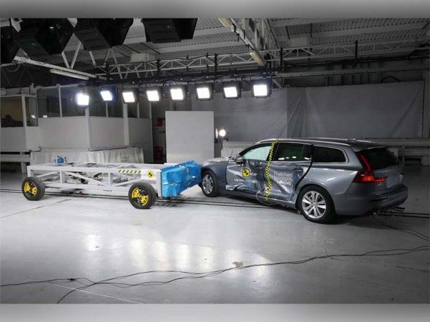 sigurnost-euroncap-test-volvo-s60-v60-testing-2018-proauto-08