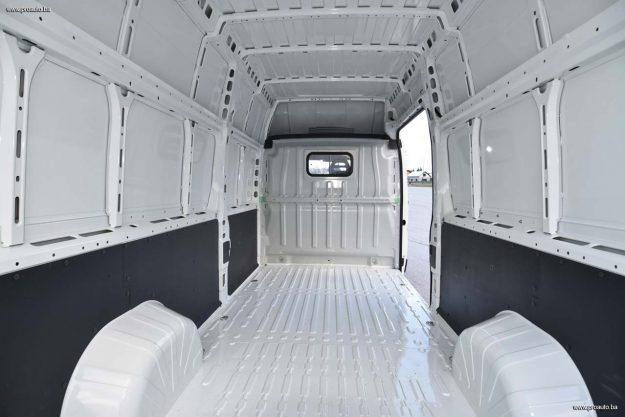 test-peugeot-boxer-furgon-confort-pack-435-l4h3-20-bluehdi-130-e6-2018-proauto-14