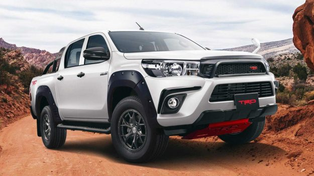 toyota-hilux-black-rally-edition-2018-proauto-03