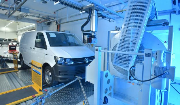 volkswagen-commercial-vehicles-opens-new-emissions-test-centre-2018-proauto-01