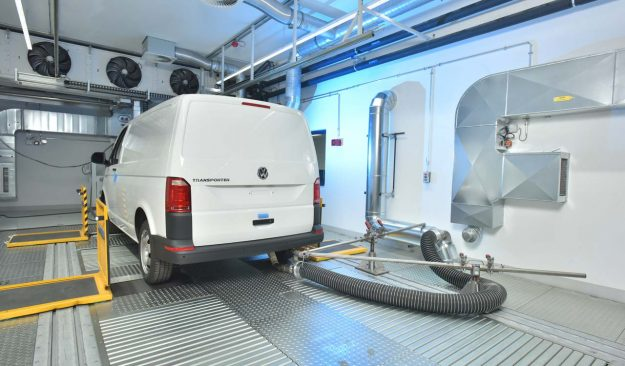 volkswagen-commercial-vehicles-opens-new-emissions-test-centre-2018-proauto-03