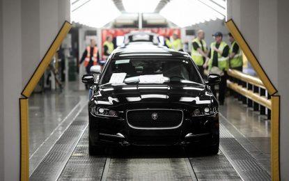 """Osim ranije najavljenog plana za otpuštanje radnika, zbog """"stabilizacije"""" Jaguar Land Rover nakratko mora obustaviti proizvodnju"""