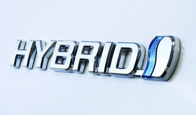 smanjenje-i-ukidanje-carina-elektricna-vozila-hibridi-2019-proauto-05-toyota-hybrid