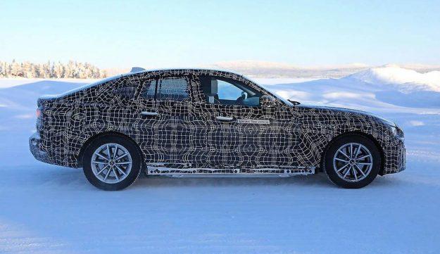 bmw-i4-electric-vehicle-winter-test-2019-proauto-02
